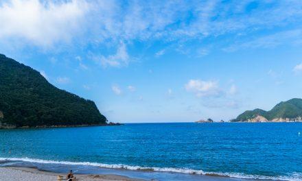 【兵庫のピピアイランド!?】香住・佐津海水浴場は人が少ない最強ビーチ