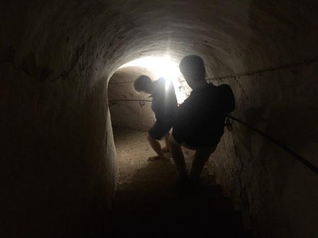 ロシアの急襲を防いだ要塞 Fredriksborgs fästning の内部がヤバすぎた