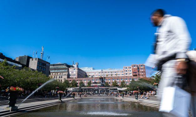 ストックホルムで一番賑わう公園Kungsträdgården